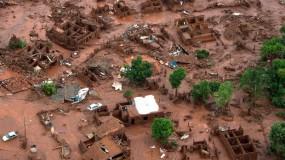 O desastre ambiental em Minas Gerais: impactos a longo prazo (Foto: Christophe Simon/AFP - 6.nov - reprodução G1).