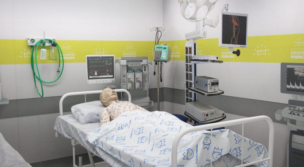 Laboratório de Simulação e Debriefing - UTI Clínica